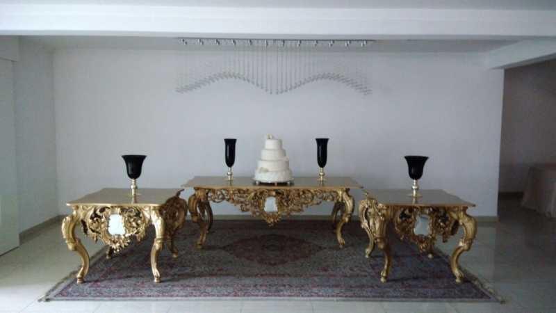 Mesa de Fibra Arabesco 2 metros Dourada